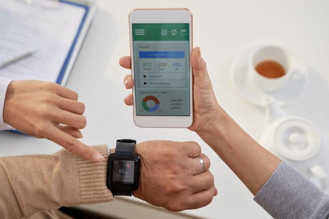 Más de 800 personas monitorizan su salud en remoto a través del Programa Salud Contectada de Sanitas