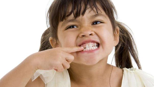 Sanitas alerta de que uno de cada 10 niños de entre 4 y 13 años padece bruxismo