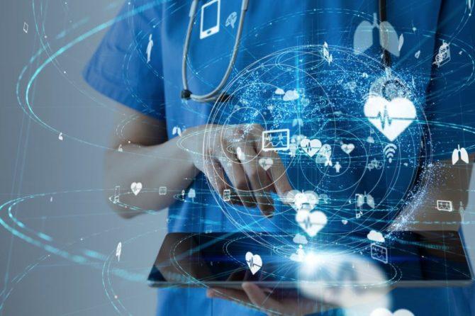 Sanitas implanta la receta electrónica privada a su cuadro médico